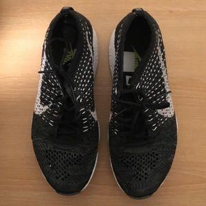 Nike 'FLYKNIT ZOOM' Sneakers